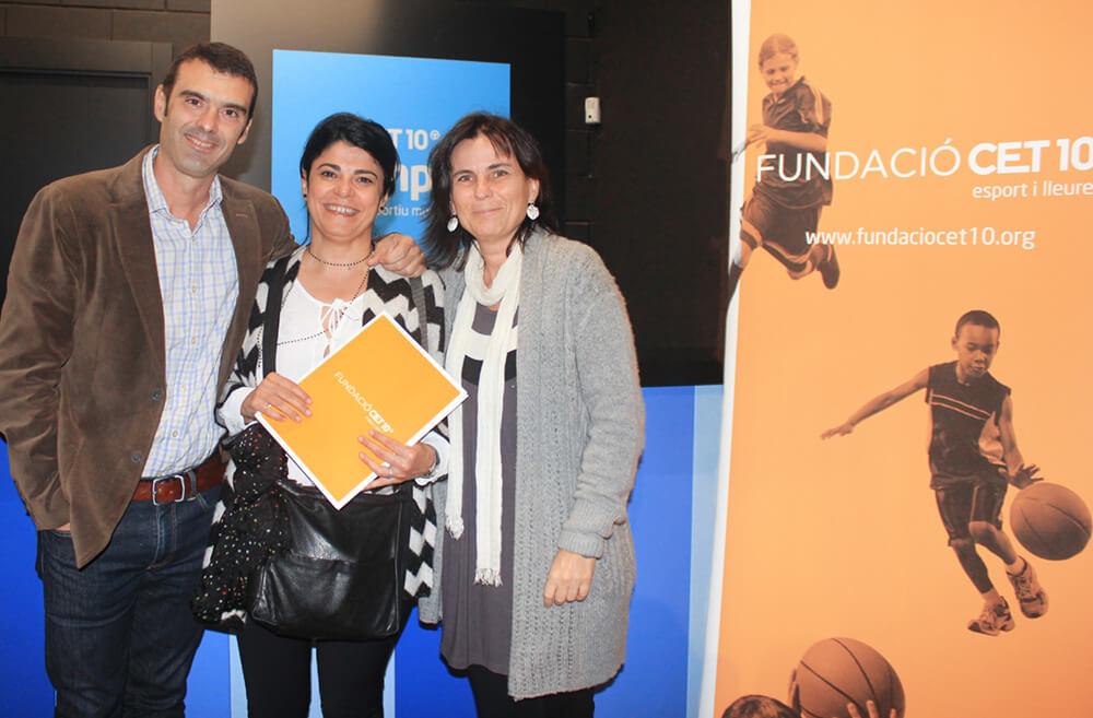 Carles Meilan, president de la Fundació CET10, Mercè Arranz i Lídia Garcia, directora d'Aprenem.